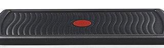 La plaque grill de l'appareil à raclette Tefal RE4588