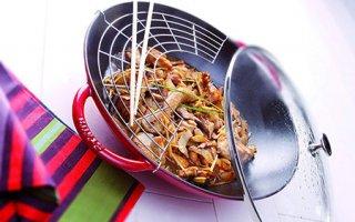 Garnissez votre wok Staub 1313906