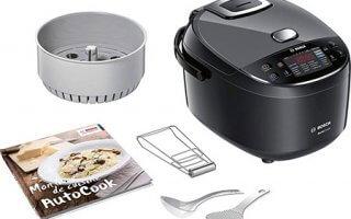 Le multicuiseur electrique Bosch Autocook MUC22B42FRpossède de nombreux accessoires