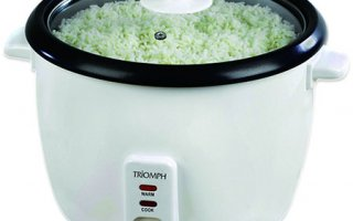 On peut voir ce qui cuit au travers du couvercle du Un look épuré pour le rice cooker Triomph ETF1408